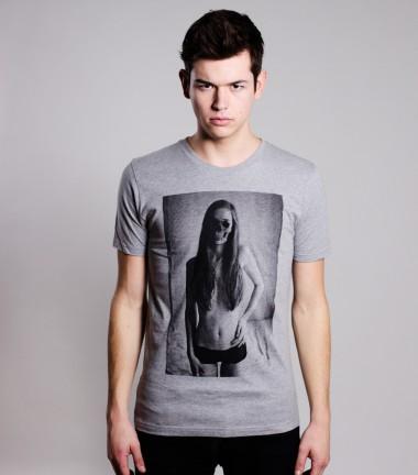 http://www.smileandjoke.com/388-thickbox_01prem/t-shirt-skull-girl-homme-smile-and-joke.jpg